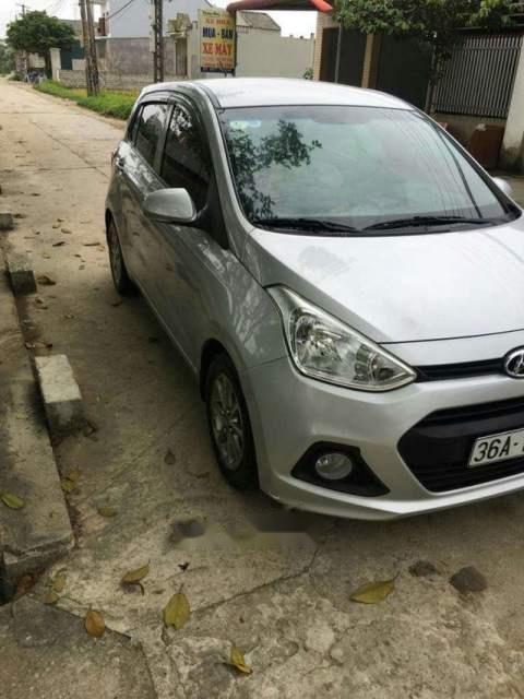 Cần bán Hyundai Grand i10 2015, màu bạc, nhập khẩu, 287tr-0