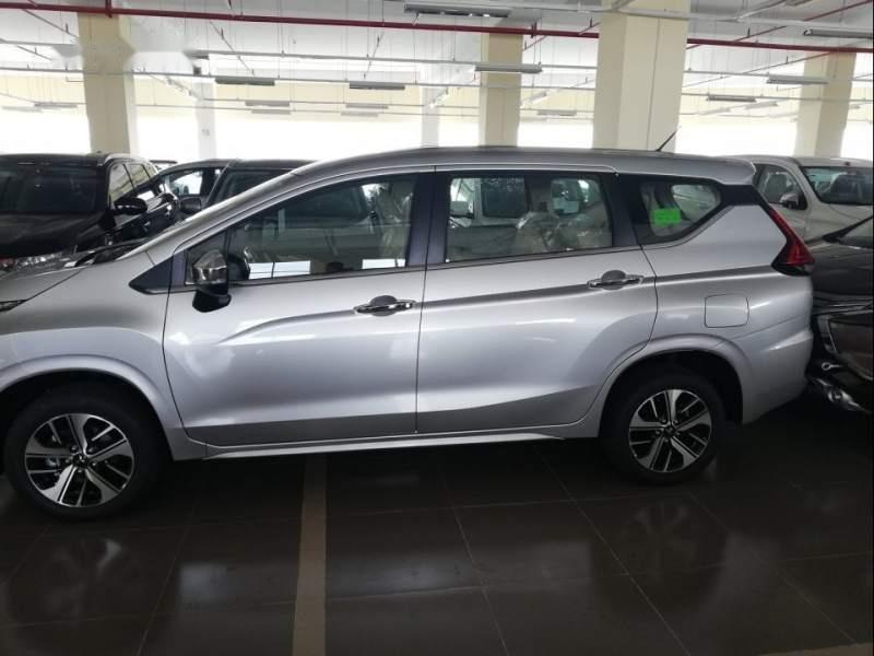 Cần bán Mitsubishi Xpander AT sản xuất năm 2019, màu bạc, nhập khẩu-0