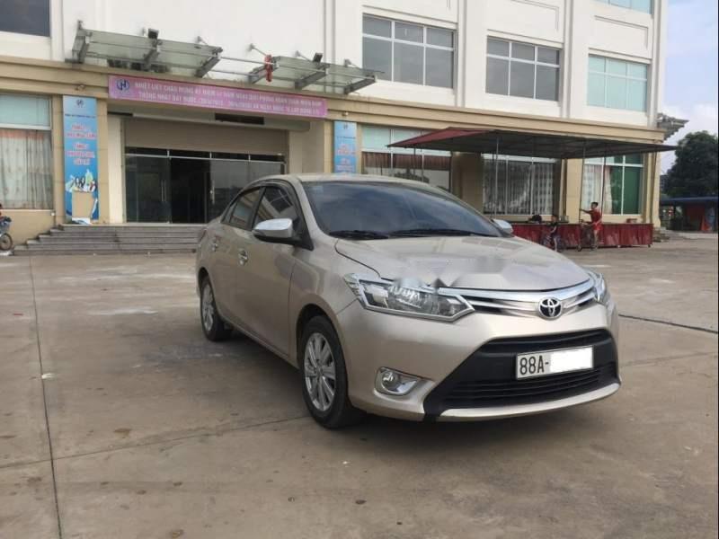 Bán Toyota Vios 1.5E MT đời 2018, màu vàng xe gia đình-5