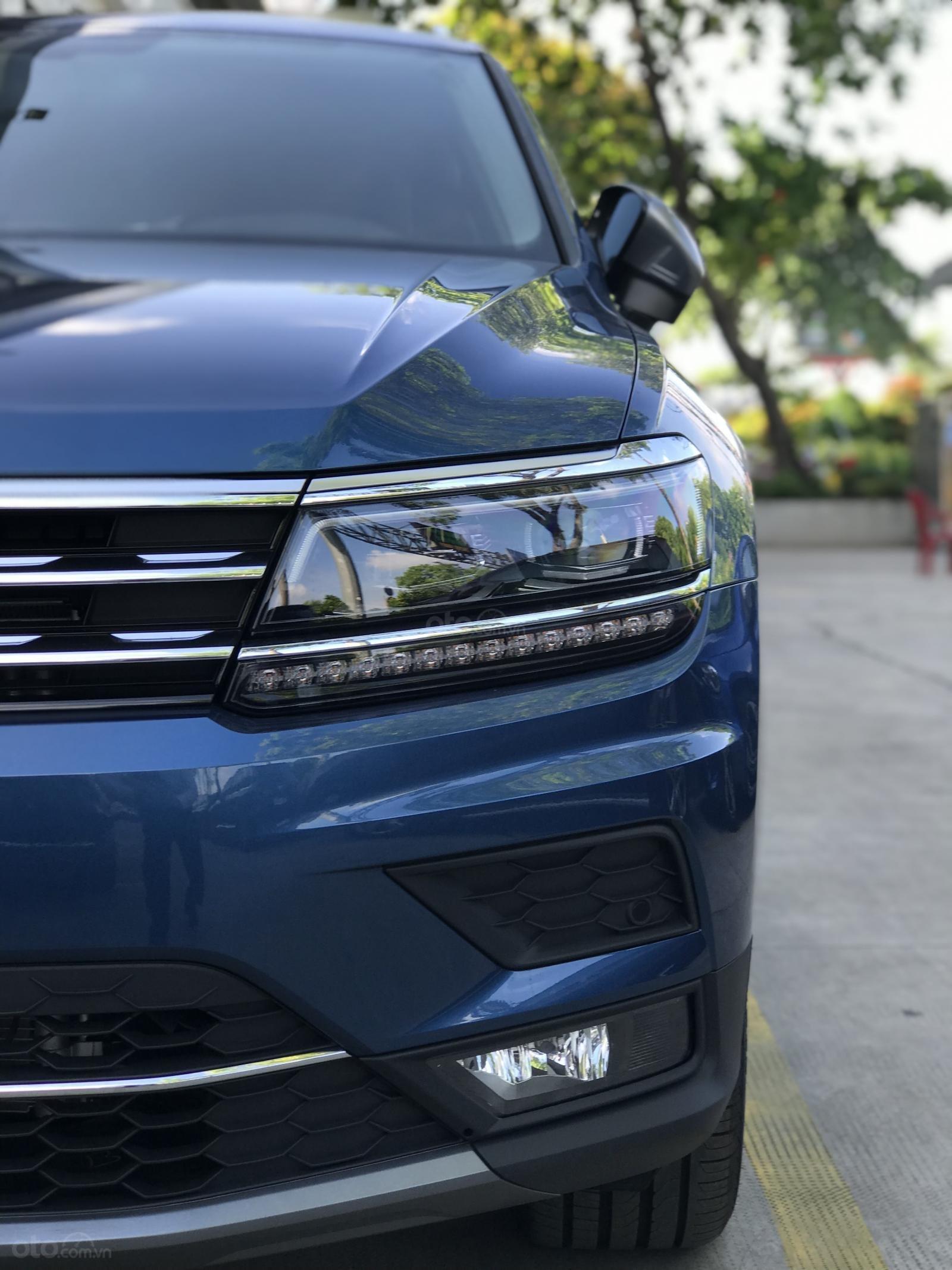 Volkswagen Tiguan Allspace - Xe Đức nhập khẩu - tháng 12 giảm giá sốc hơn 100 triệu kèm quà nhiều quà tặng giá trị (7)