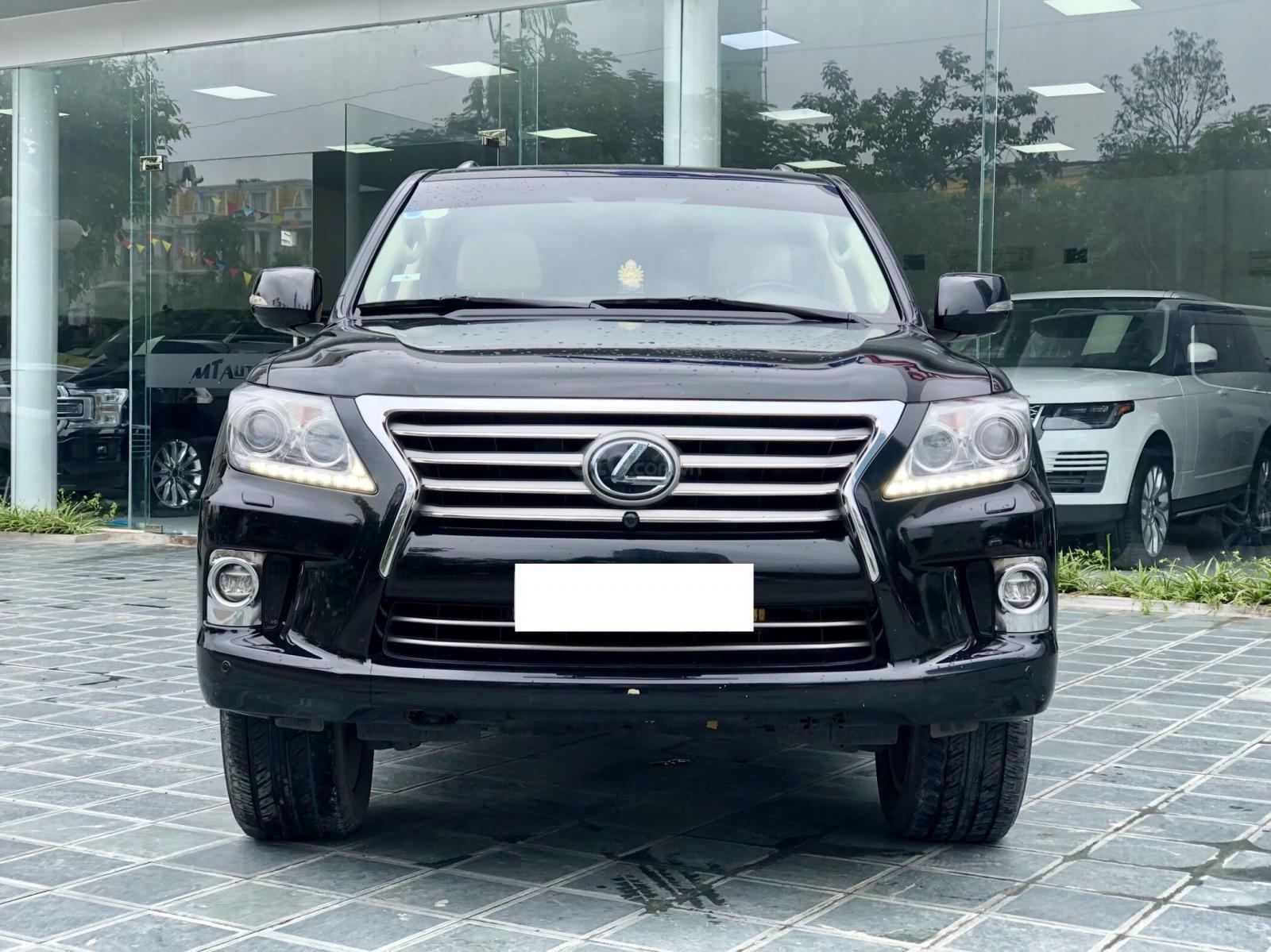 Bán xe Lexus LX 570 đã qua sử dụng SX 2014, màu đen. LH em Hương 0945392468-1