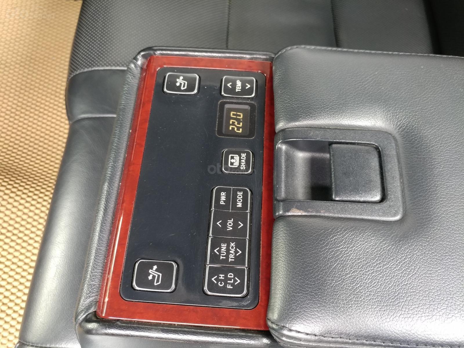 Cần bán xe Toyota Camry 2.5Q sx 2014 số tự động màu nâu vàng, biển số thành phố-7