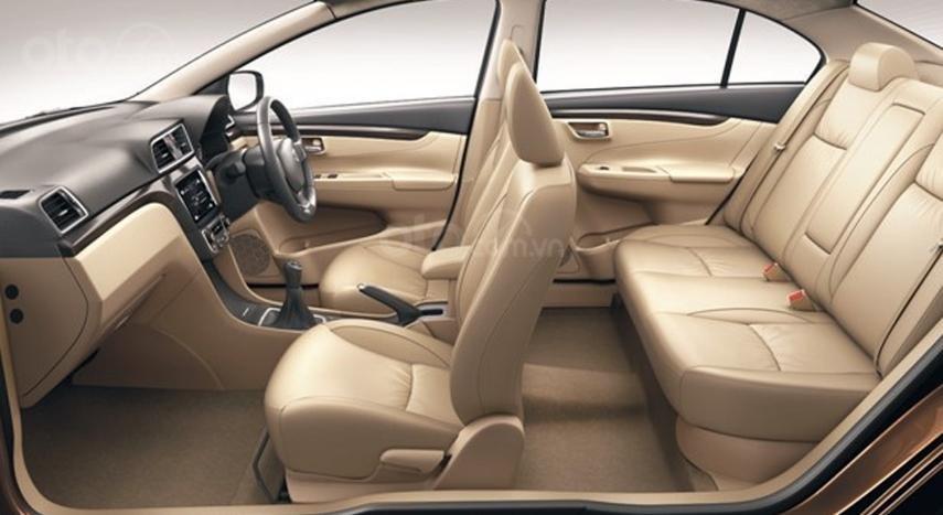 So sánh Suzuki Ciaz 2019 cũ và mới về nội thất 1a