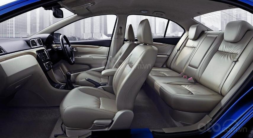 So sánh Suzuki Ciaz 2019 cũ và mới về nội thất 2a