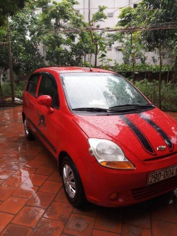 Cần bán lại xe Chevrolet Spark năm sản xuất 2011, màu đỏ-0