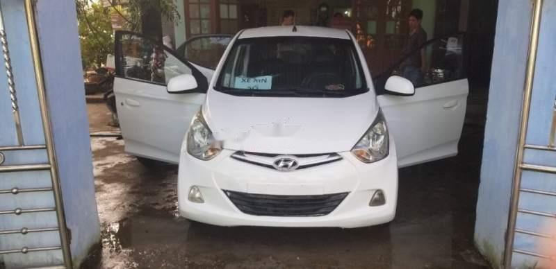 Bán Hyundai Eon 2013, màu trắng, xe nhập, giá 200tr-0