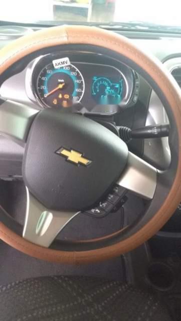 Bán Chevrolet Spark LT sản xuất 2018, màu trắng, xe nhập -1