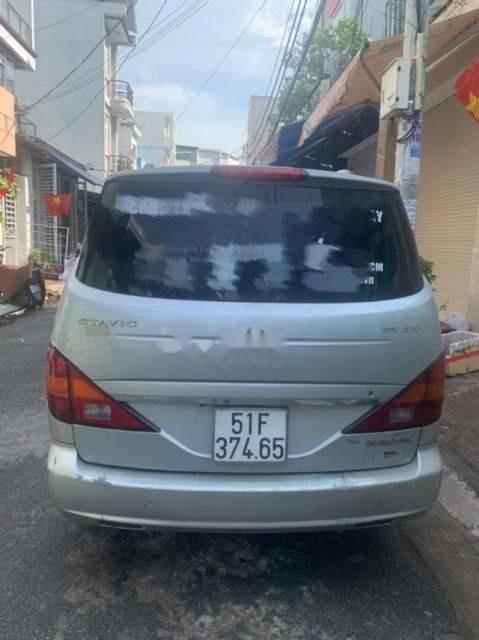 Cần tiền bán xe Ssangyong Stavic đời 2008, màu bạc-4