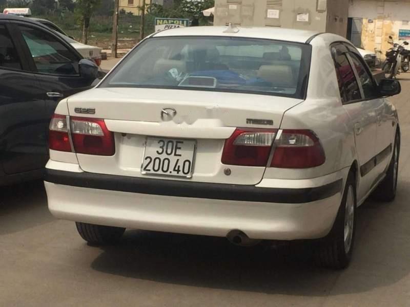 Cần bán lại xe Mazda 626 năm sản xuất 2001, màu trắng giá cạnh tranh-1
