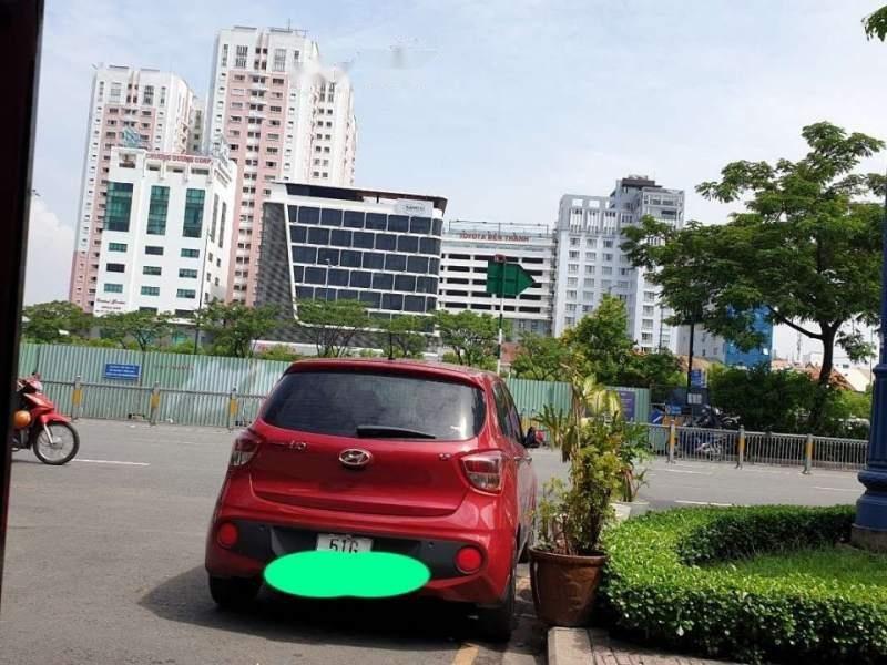 Cần bán xe Hyundai Grand i10 năm 2018, màu đỏ-2