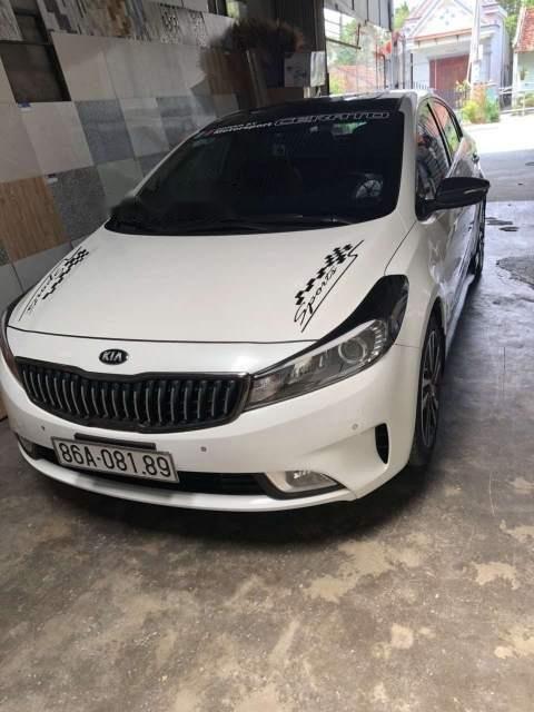 Bán ô tô Kia Cerato đời 2018, màu trắng, xe nhập số tự động-0