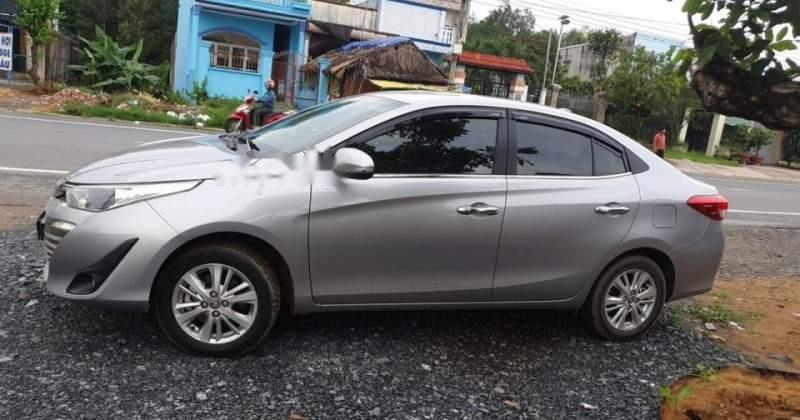 Bán Toyota Vios sản xuất 2018, xe gia đình giá cạnh tranh (1)