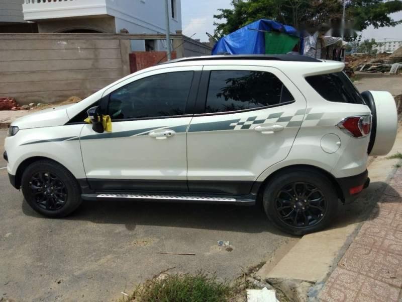 Bán Ford EcoSport năm sản xuất 2017, màu trắng-0