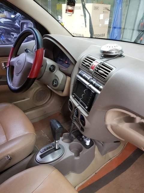 Gia đình bán xe Kia Morning AT đời 2005, màu đỏ, xe nhập, giá 159tr-2