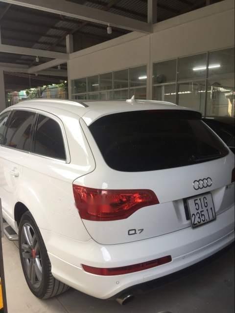 Bán Audi Q7 năm sản xuất 2007, màu trắng, đi 84000km-1