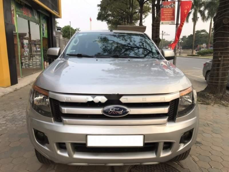 Trung Sơn Auto bán Ford Ranger XLS sản xuất năm 2014, màu bạc, nguyên bản 100%-1