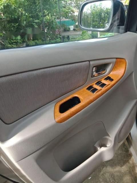 Cần bán Toyota Innova 2009, xe gia đình-4