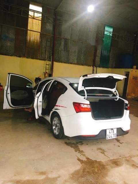 Cần bán lại xe Kia Rio năm sản xuất 2015, màu trắng, nhập khẩu nguyên chiếc chính chủ-4