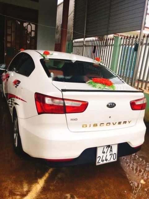 Cần bán lại xe Kia Rio năm sản xuất 2015, màu trắng, nhập khẩu nguyên chiếc chính chủ-2