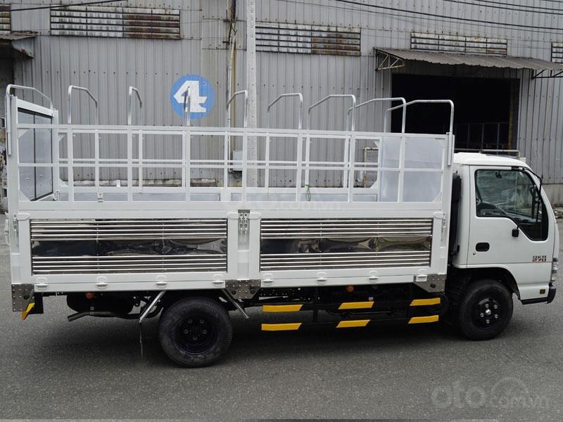 Xe Isuzu 1T9 công nghệ Euro4 nhập khẩu giá cạnh tranh thị trường-1