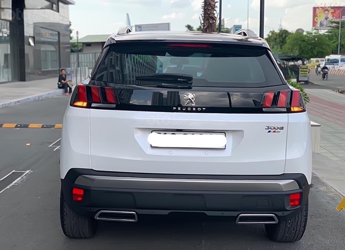 Bán Peugeot 3008 1.6 AT FL đời 2018, màu trắng-1