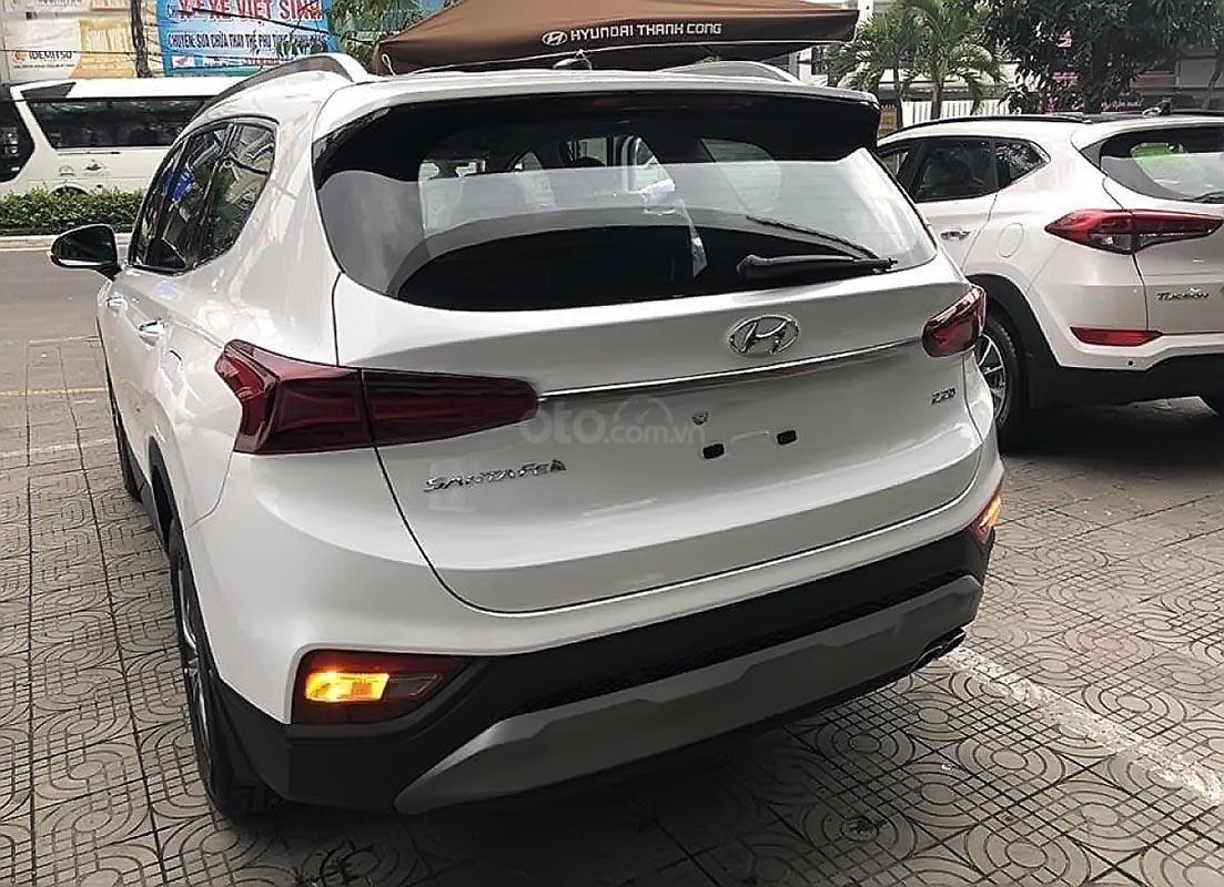 Bán Hyundai Santa Fe thế hệ mới, hộp số tự động 8 cấp-1