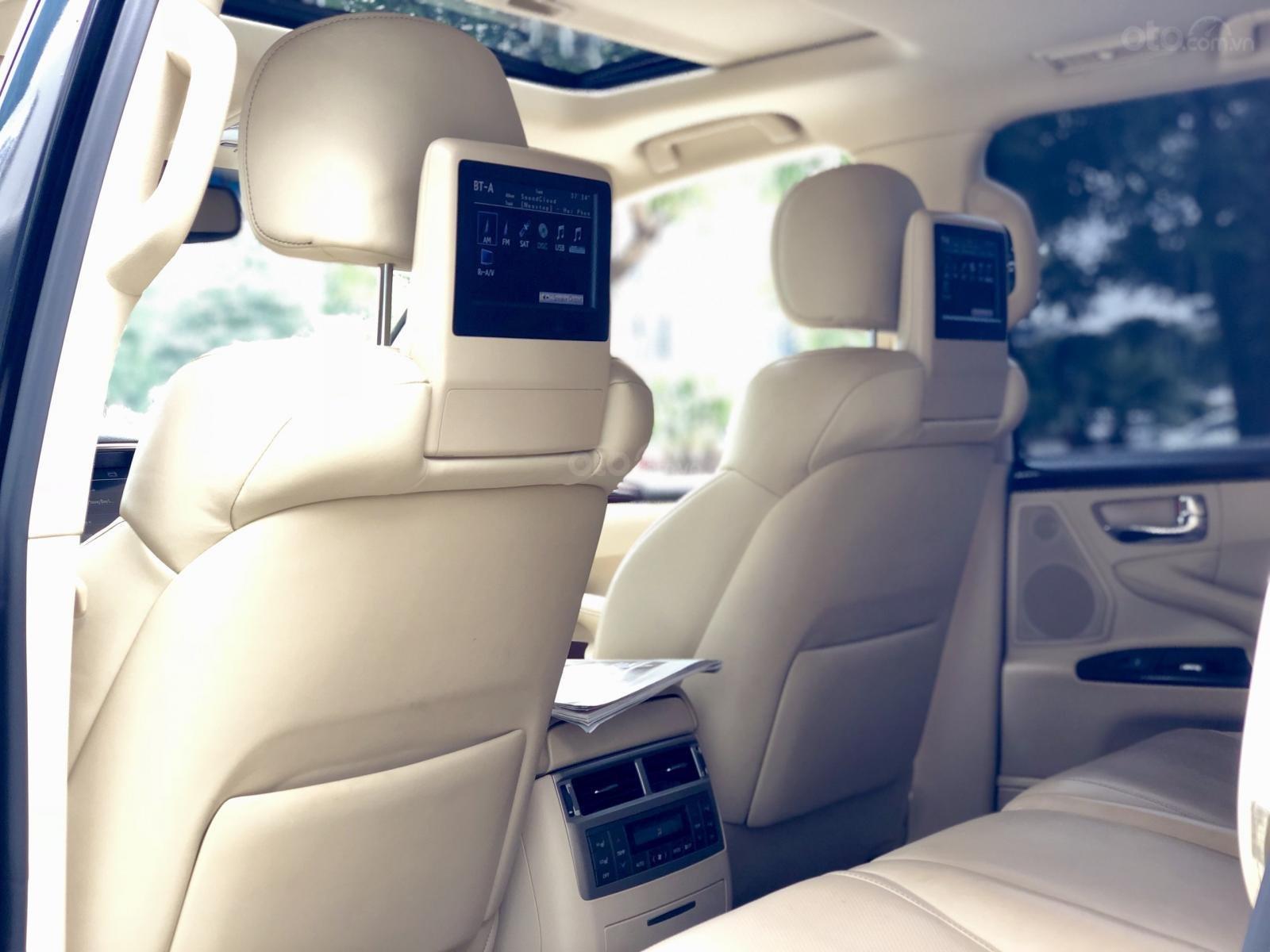 Cần bán Lexus LX 570 Mỹ sx 2014 đăng kí 2015, màu đen xe cực đẹp-10