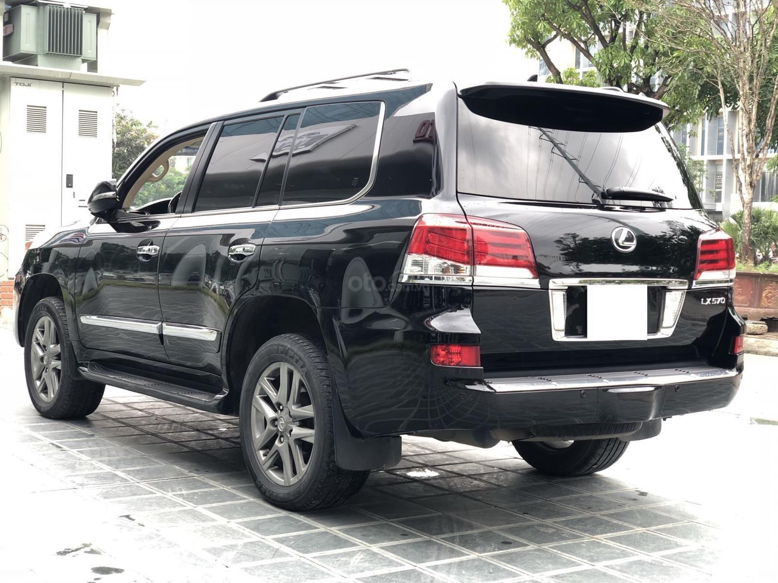 Cần bán Lexus LX 570 Mỹ sx 2014 đăng kí 2015, màu đen xe cực đẹp-6