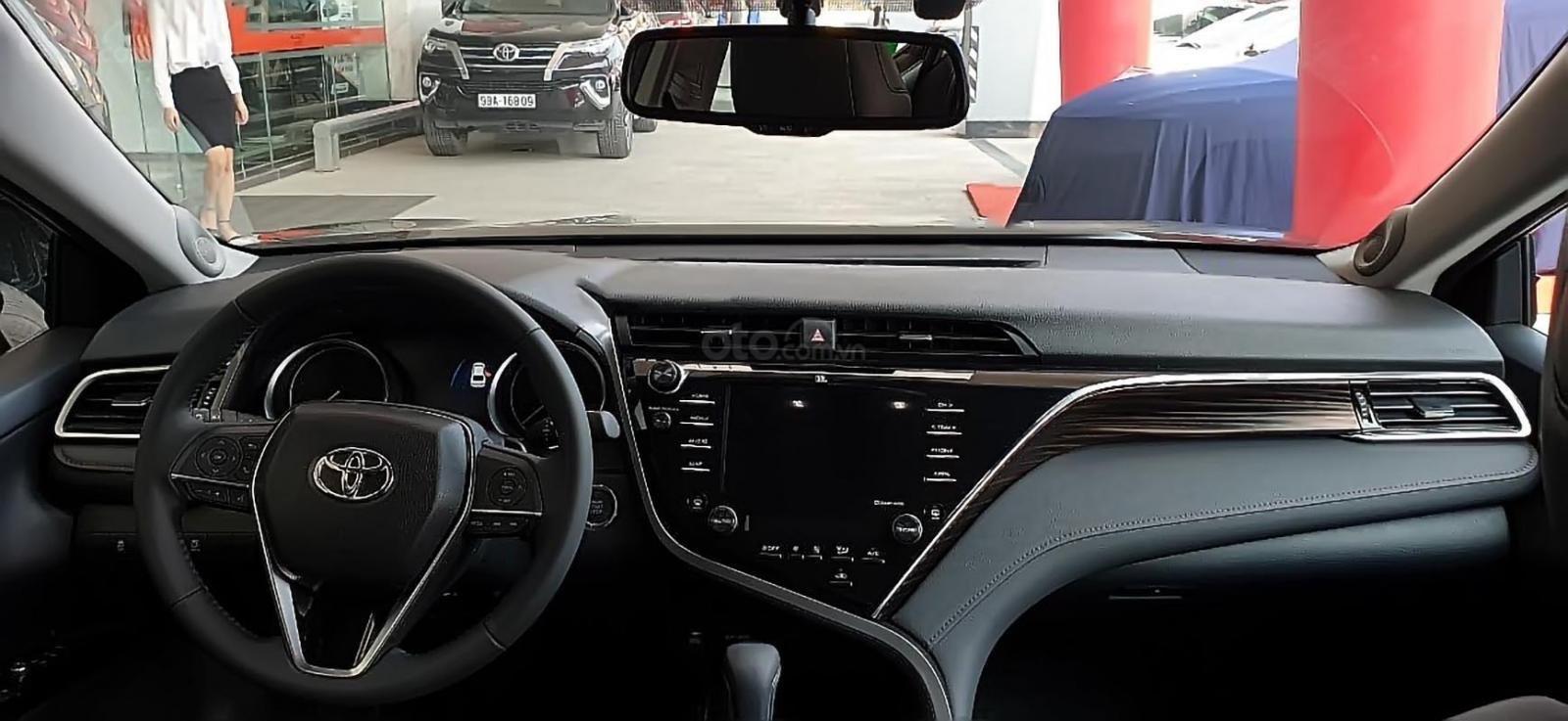 Bán Toyota Camry 2.5Q đời 2019, màu đen, nhập khẩu Thái Lan-2