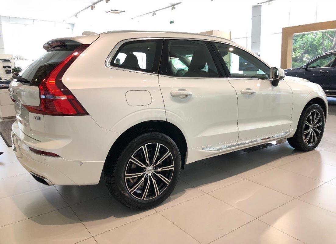 Cần bán Volvo XC60 sản xuất 2019, màu trắng, nhập khẩu-3