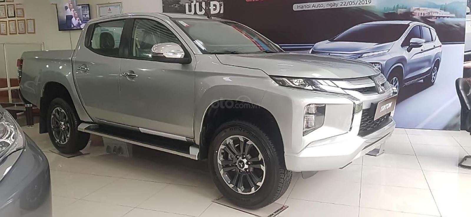 Cần bán Mitsubishi Triton 4X2 AT MIVEC sản xuất 2019, màu bạc, xe nhập giá cạnh tranh-3