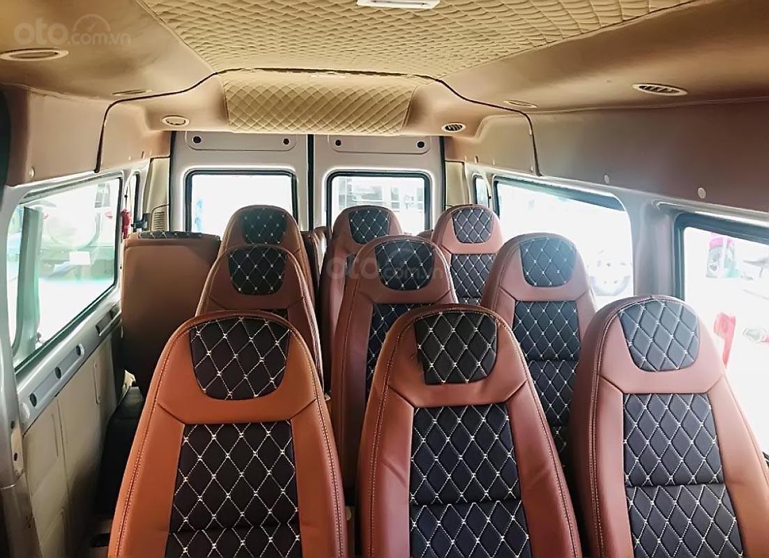 Bán ô tô Ford Transit SVP năm 2019, màu bạc-1