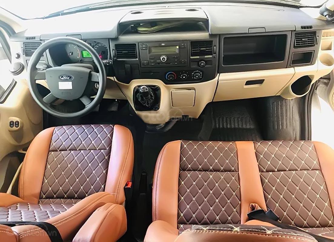Bán ô tô Ford Transit SVP năm 2019, màu bạc-3