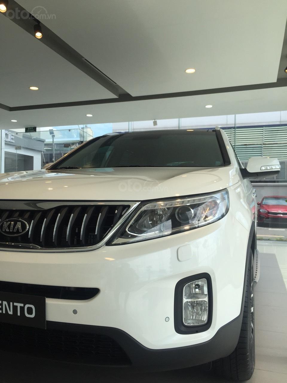 Cần bán xe Kia Sorento đời 2019, chỉ 240 triệu có xe giao ngay đủ màu-1