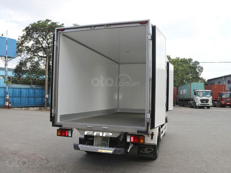 Cần bán Isuzu QKR 270 2019, màu trắng, nhập khẩu nguyên chiếc  -1
