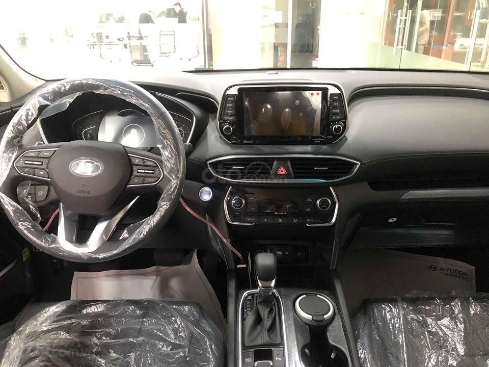 Hyundai Santa Fe Model 2019 đầy đủ màu và các phiên bản giao ngay + KM lớn 30 triệu - Ms Lan 0919929923 (7)