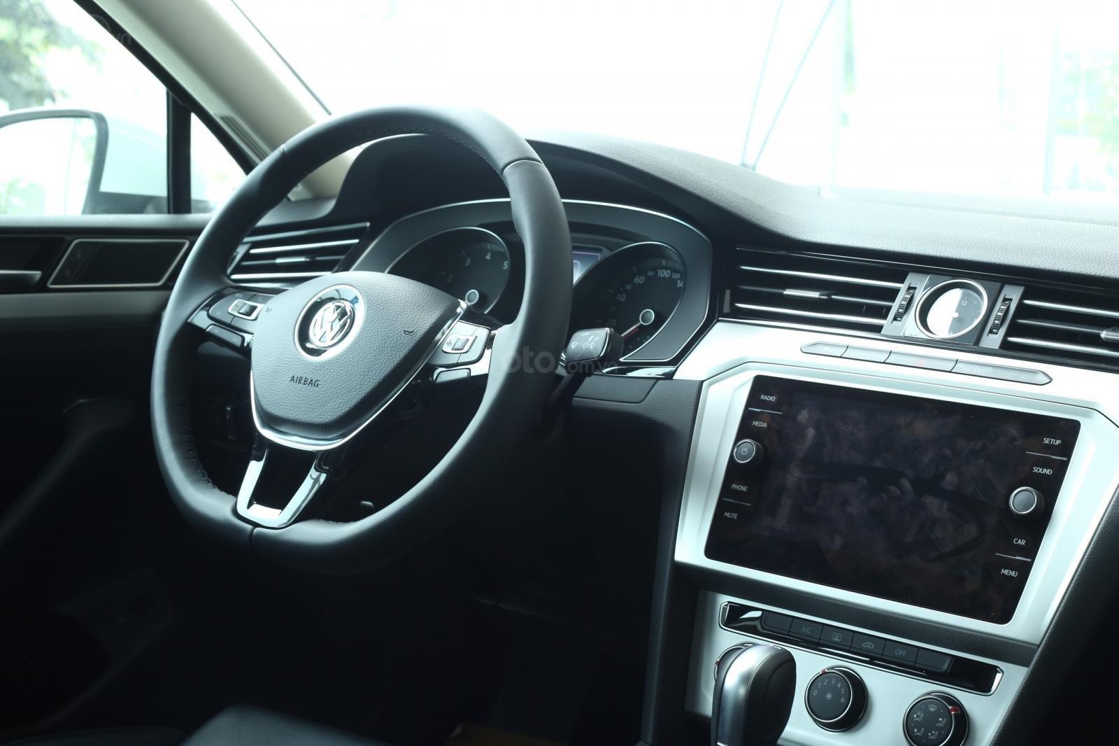 Cần bán xe Volkswagen Passat Bluemotion 2018, nhập khẩu nguyên chiếc-3