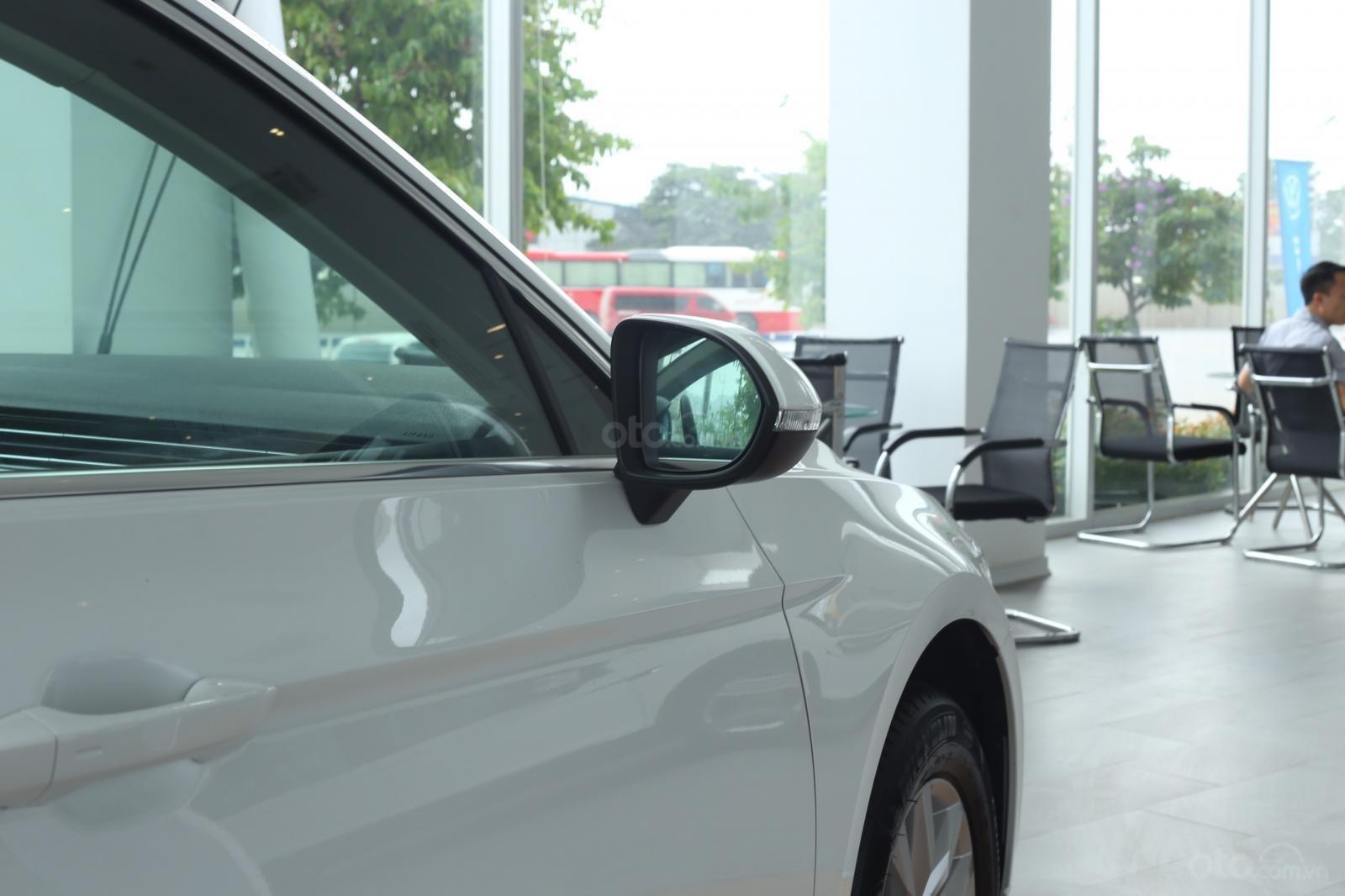 Cần bán xe Volkswagen Passat Bluemotion 2018, nhập khẩu nguyên chiếc-5