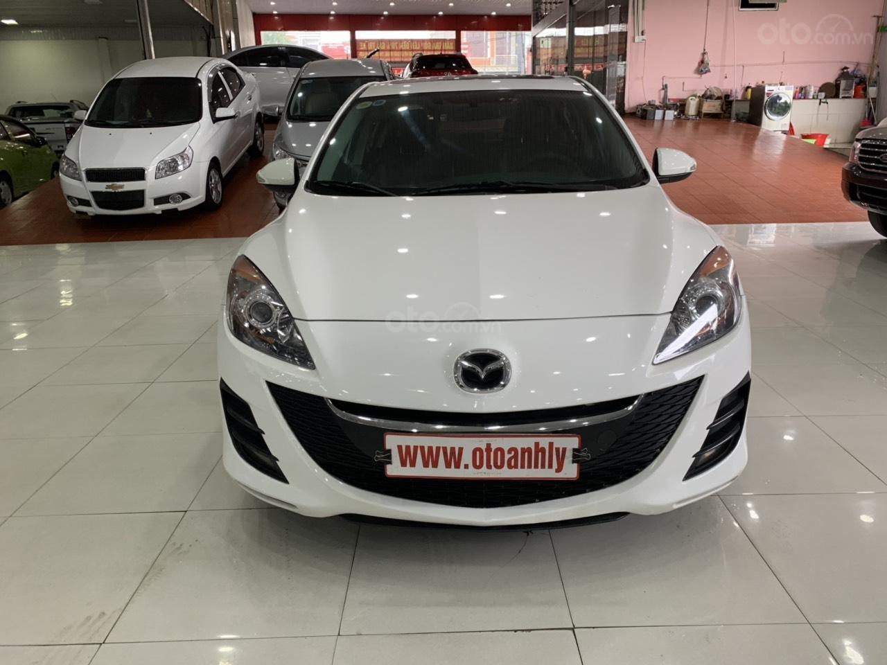 Bán xe Mazda 3 sản xuất năm 2010, màu trắng, xe nhập-0