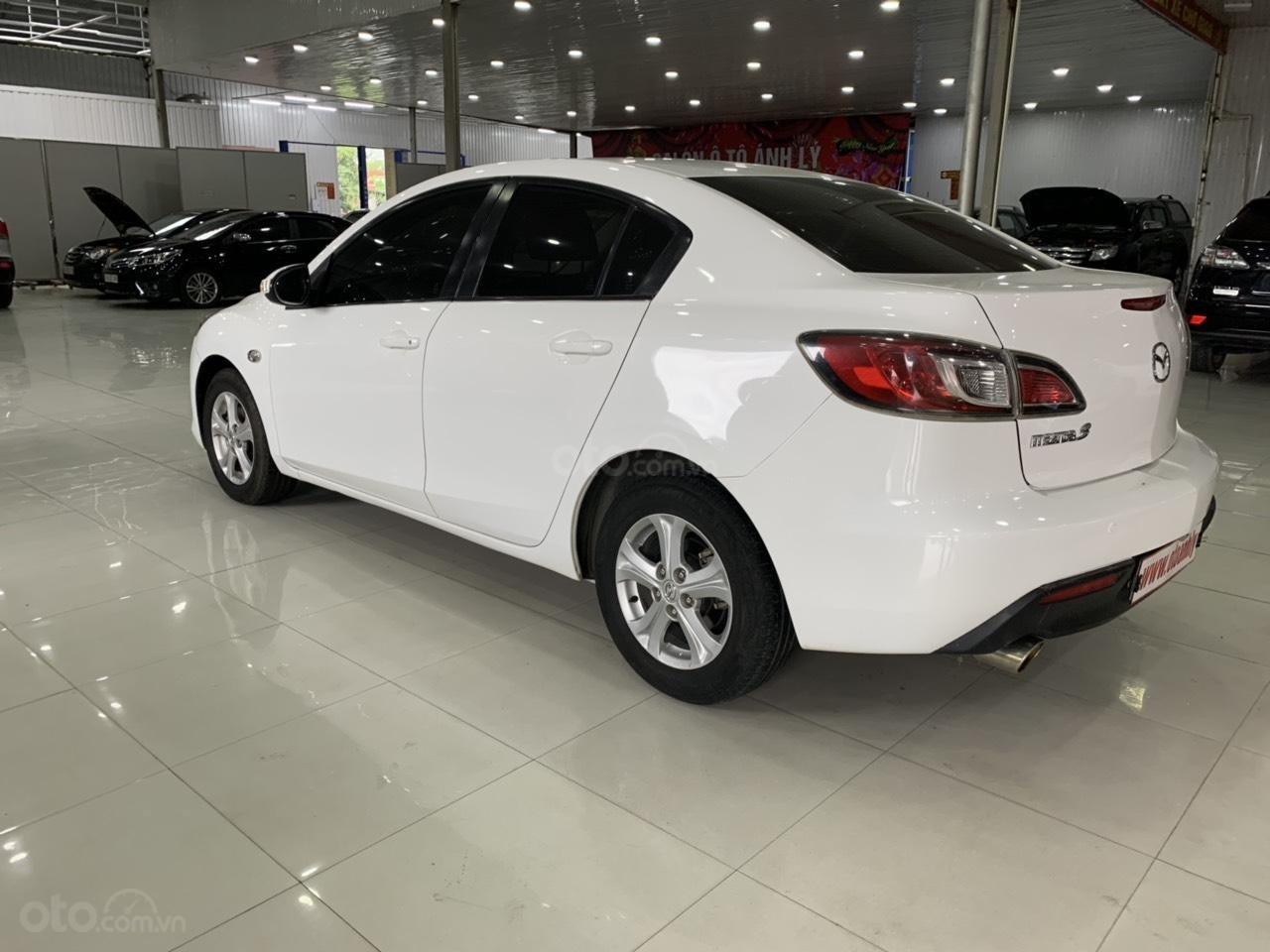 Bán xe Mazda 3 sản xuất năm 2010, màu trắng, xe nhập-7