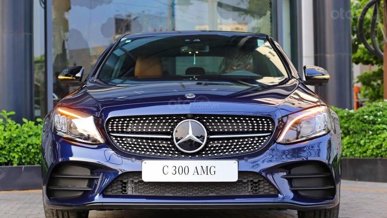 [Nha Trang] Bán xe Mercedes C300 AMG đủ màu, giao ngay. LH 0987313837-0