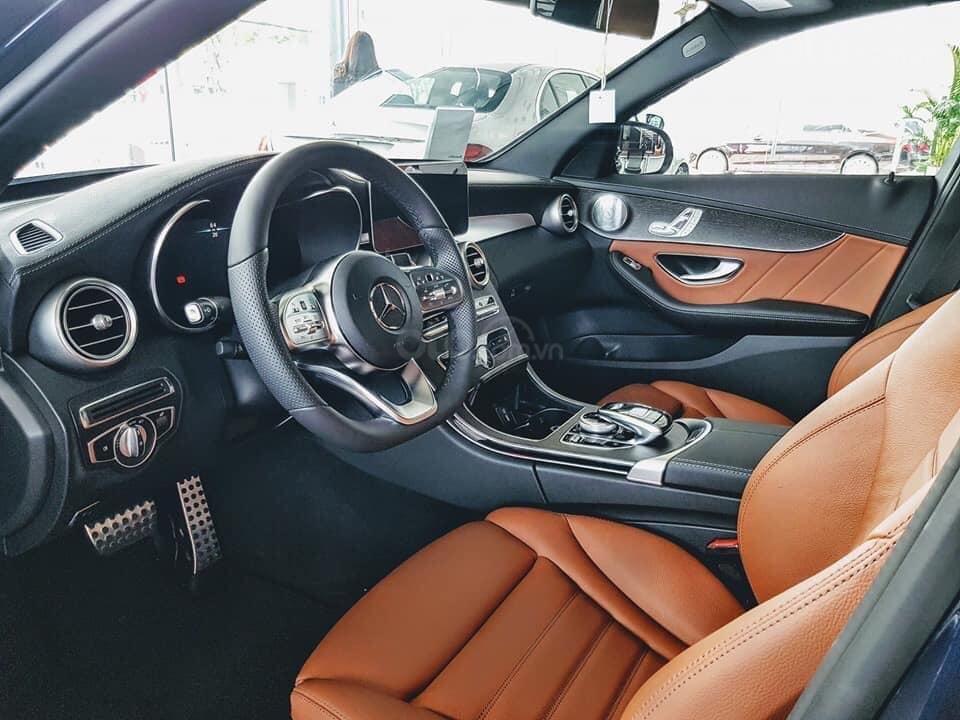 [Nha Trang] Bán xe Mercedes C300 AMG đủ màu, giao ngay. LH 0987313837-2