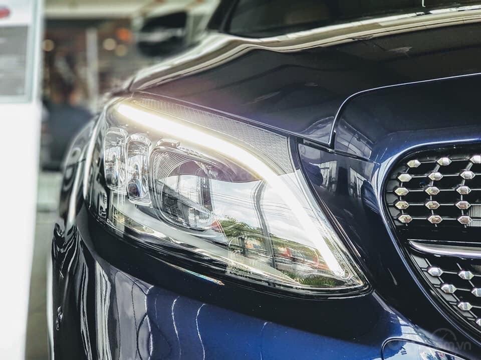 [Nha Trang] Bán xe Mercedes C300 AMG đủ màu, giao ngay. LH 0987313837-4