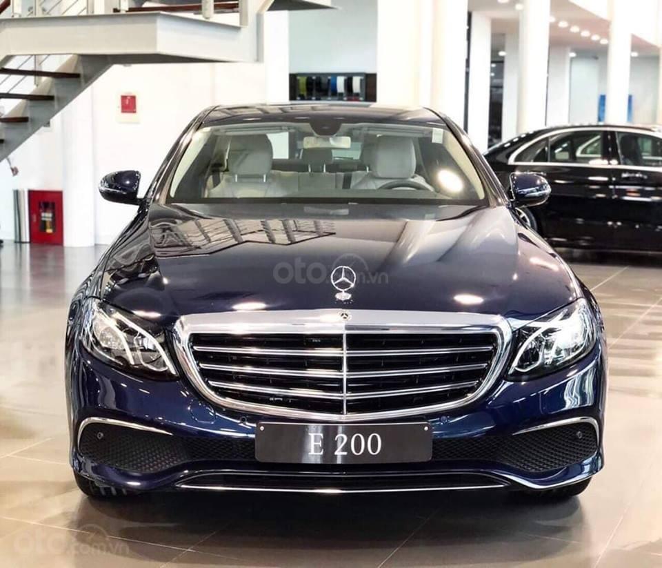 [Nha Trang] Bán xe Mercedes E200, sản xuất 2019, LH 0987313837-0