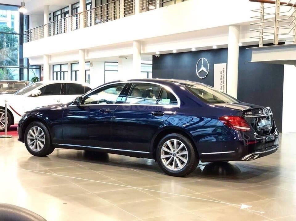 [Nha Trang] Bán xe Mercedes E200, sản xuất 2019, LH 0987313837-2