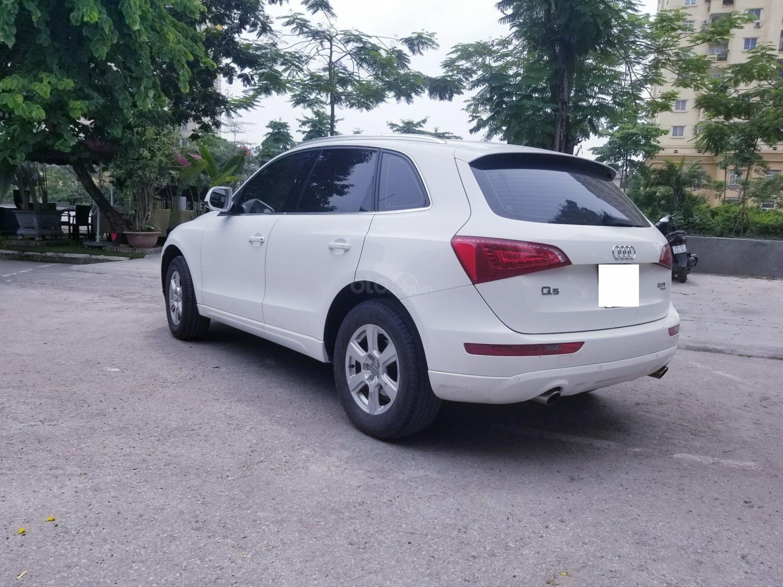 Cần bán xe Audi Q5 đời 2012, màu trắng, xe nhập-1