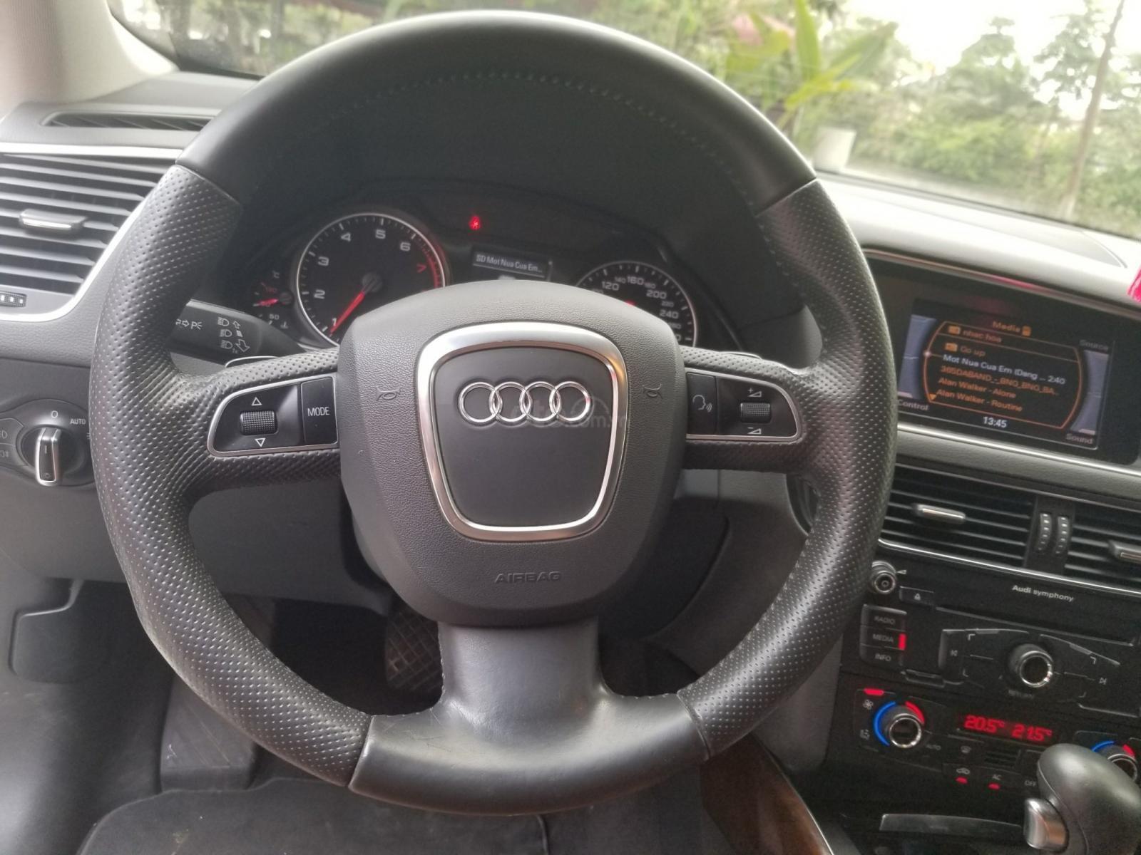 Cần bán xe Audi Q5 đời 2012, màu trắng, xe nhập-4