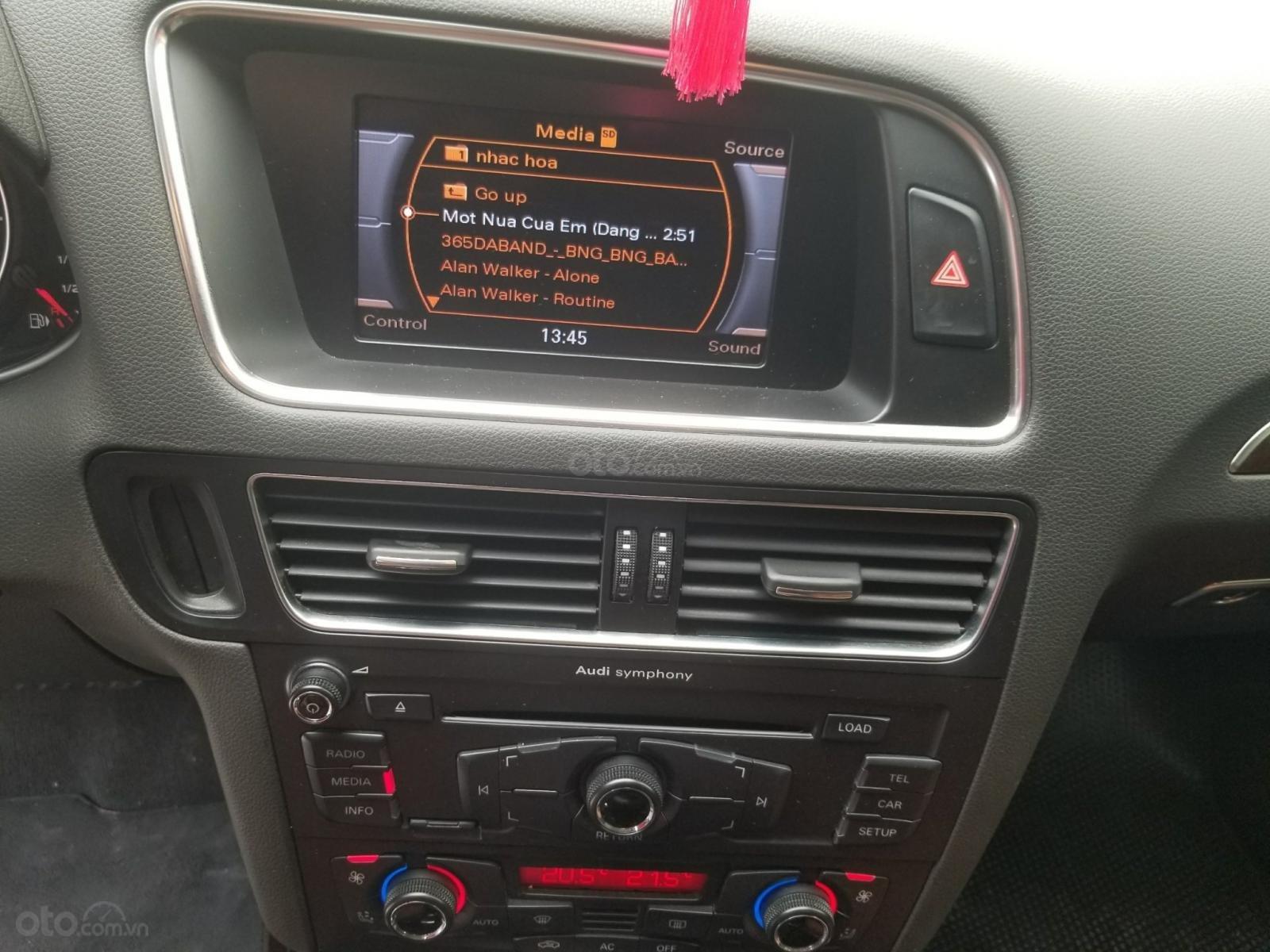 Cần bán xe Audi Q5 đời 2012, màu trắng, xe nhập-8