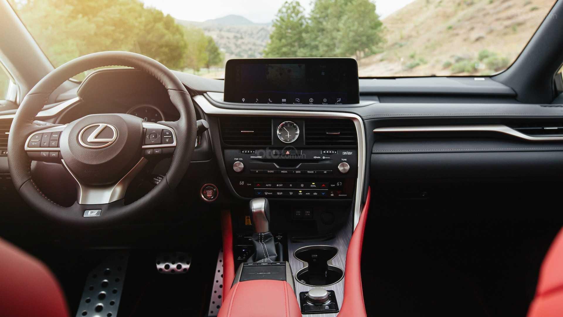 Nội thất xe Lexus RX 2020