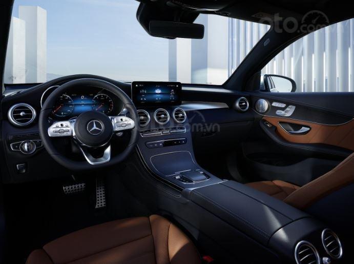 Mercedes-Benz GLC 2020 trang bị tiêu chuẩn hiện đại